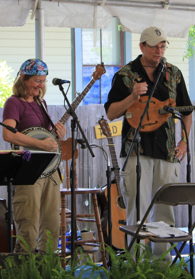 R&B2010-May-1-Gamble Rogers Folk Festival 345.jpg